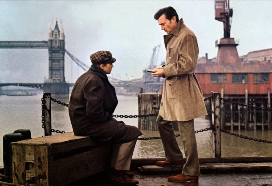 A dandy in Aspic / Maldonne pour un espion (1968)
