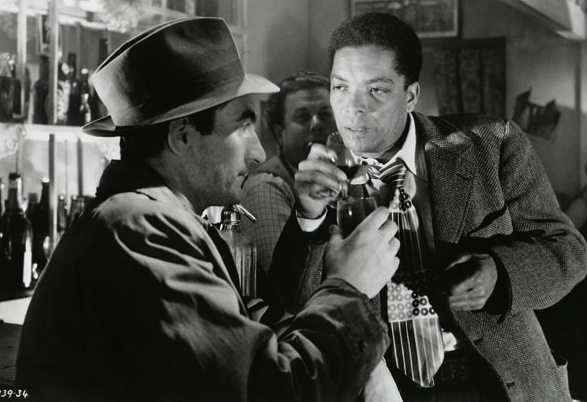 Pool of London / Les trafiquants du Dunbar (1951)