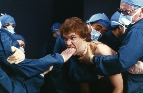 Britannia Hospital (1982) de Lindsay Anderson