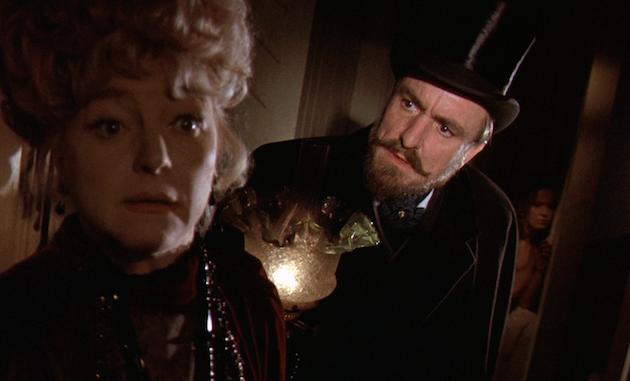 Hands of the Ripper / La fille de Jack L'éventreur (1971)