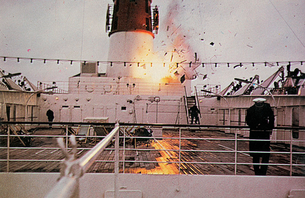 Juggernaut / Terreur sur le Britannic (1974)