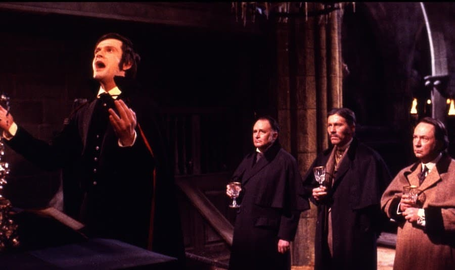 Taste the Blood of Dracula / Une messe pour Dracula (1970)